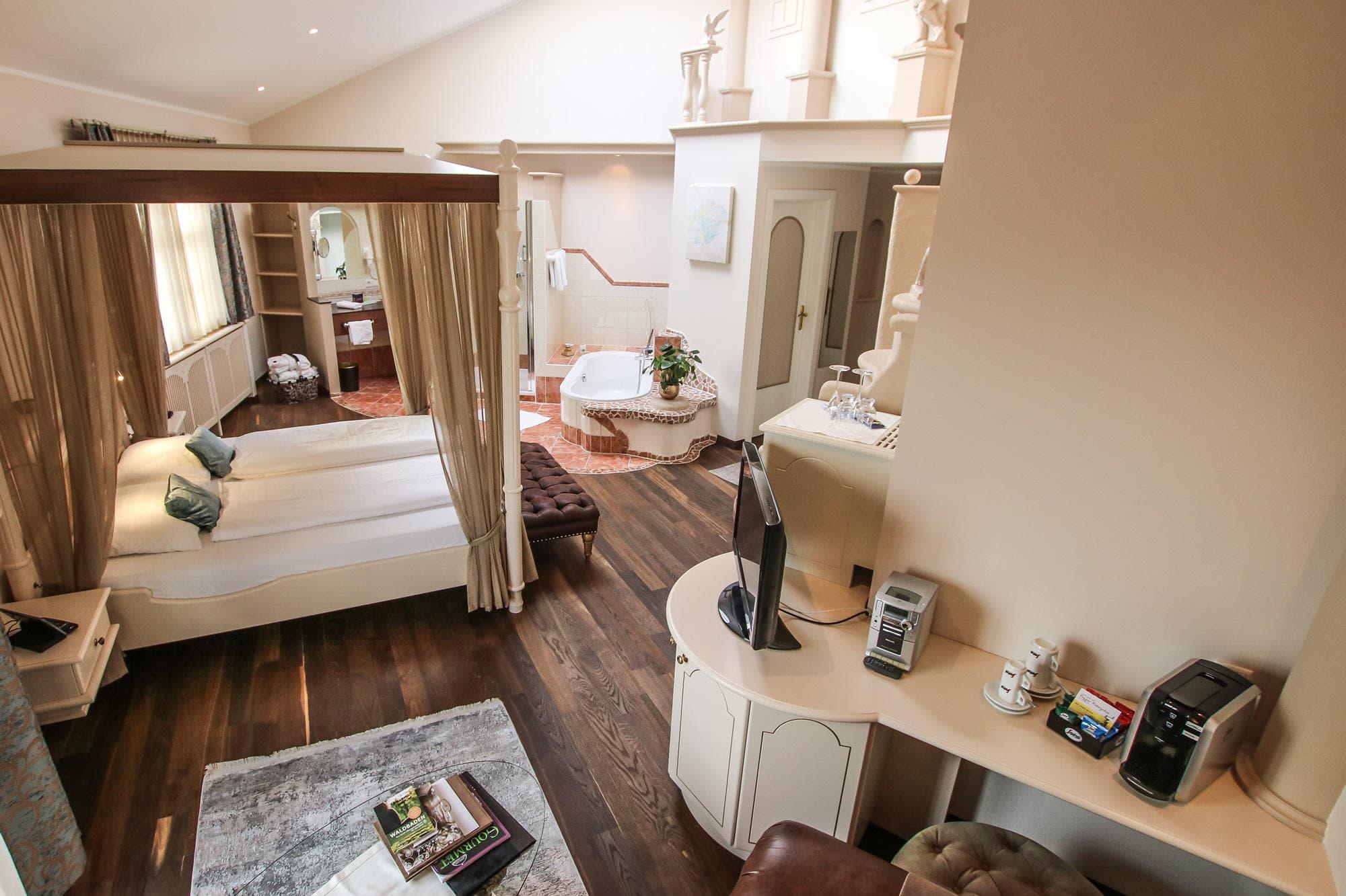 Luft & Liebe Suite - Hotel BERGERGUT ****S Loveness
